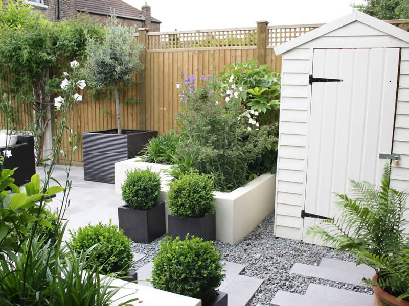 Clean contemporary urban garden caro garden design for Urban garden design